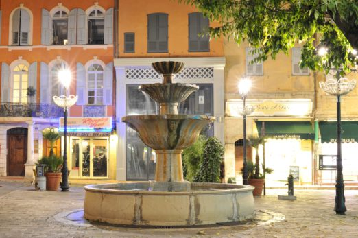 Place fontaine - Grasse
